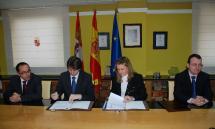 La Junta firma un convenio con el Ayuntamiento de Soria para que los contribuyentes puedan pagar los impuestos municipales por Internet