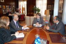 Reunión de trabajo de Carlos Martínez y el nuevo delegado del Gobierno en Castilla y León, Ramiro Ruiz Medrano