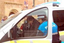 La DGT cede un vehículo a la Policía Local dentro del convenio que mantiene con el Ayuntamiento en materia de seguridad vial
