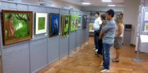 El Ayuntamiento inaugura una nueva exposición colectiva en el Centro de Recepción de Visitantes