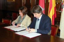 El convenio con la Cámara permite ofrecer las naves nido municipales de Valcorba a nuevos emprendedores y dar continuidad al vivero