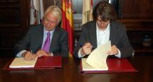 Firma del contrato del proyecto de ejecución del mercado.
