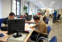 El concejal de Modernización en el Servicio de Atención al Ciudadano.
